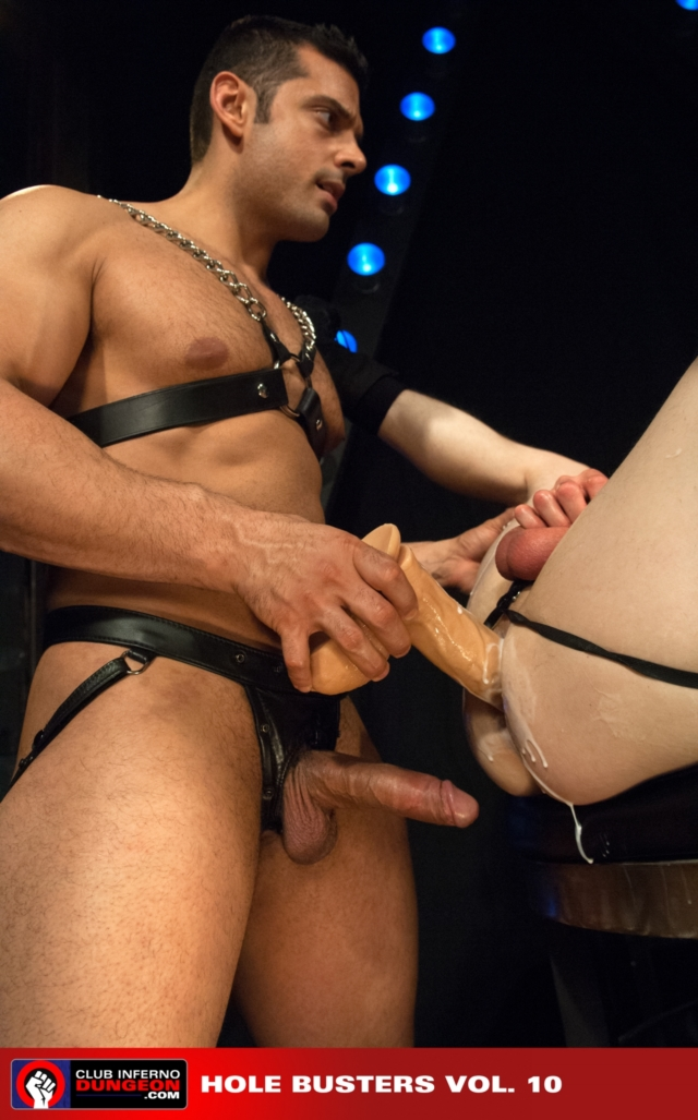 Blue-Bailey-and-Marcus-Ruhl-Club-Inferno-Dungeon-fisting-gay-rosebud-fetish-BDSM-fisting-top-fisting-bottom-07-pics-gallery-tube-video-photo