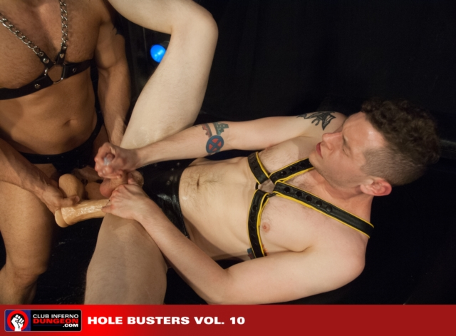 Blue-Bailey-and-Marcus-Ruhl-Club-Inferno-Dungeon-fisting-gay-rosebud-fetish-BDSM-fisting-top-fisting-bottom-09-pics-gallery-tube-video-photo