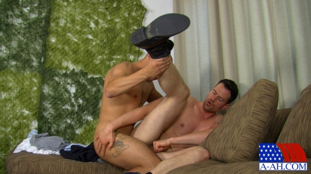 Marco-and-Zach-All-American-Heroes-nude-amateur-men-gay-porn-soldiers-sailors-firefighters-policemen-09-gallery-video-photo