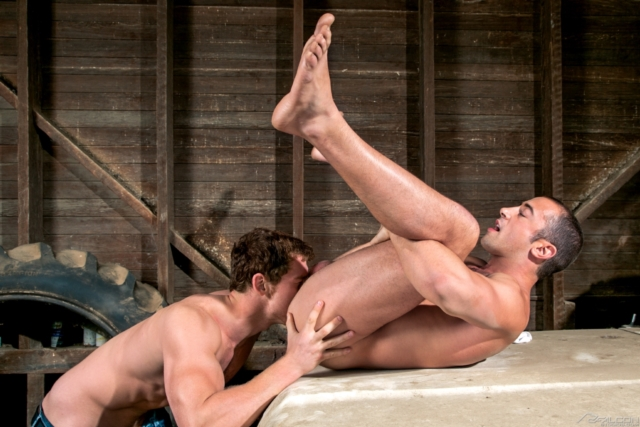 Connor-Maguire-and-Donnie-Dean-Falcon-Studios-Gay-Porn-Star-Muscle-Hunks-Naked-Muscled-Men-young-jocks-ripped-abs-02-gallery-video-photo