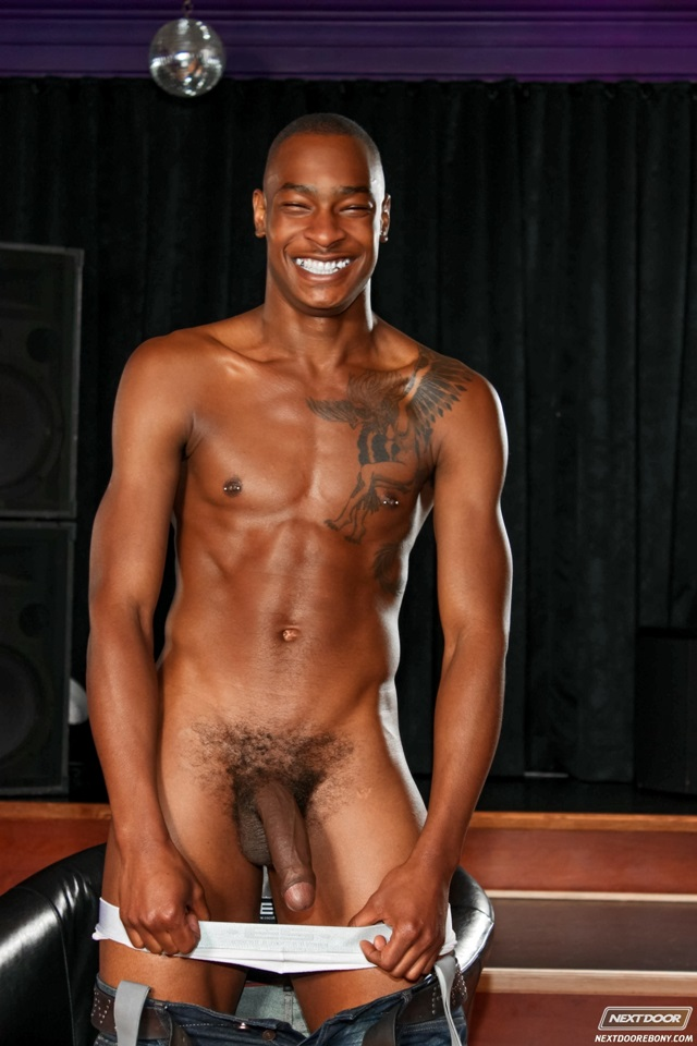 Hot black muscle men commit error