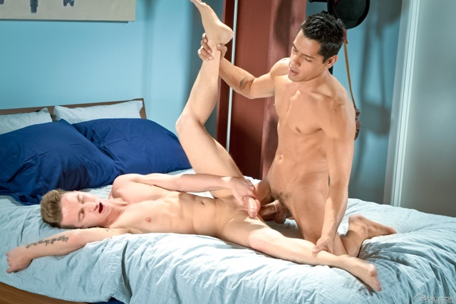 Ashton-Weber-and-Bobby-Hart-Falcon-Studios-Gay-Porn-Star-fucking-Muscle-Hunks-Naked-Muscled-Men-young-jocks-ripped-abs-007-gallery-video-photo