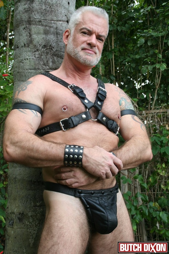 Jake-Marshall-and-Kevin-McDonough-Butch-Dixon-hairy-men-gay-bears-muscle-cubs-daddy-older-guys-subs-mature-male-sex-porn-007-gallery-video-photo