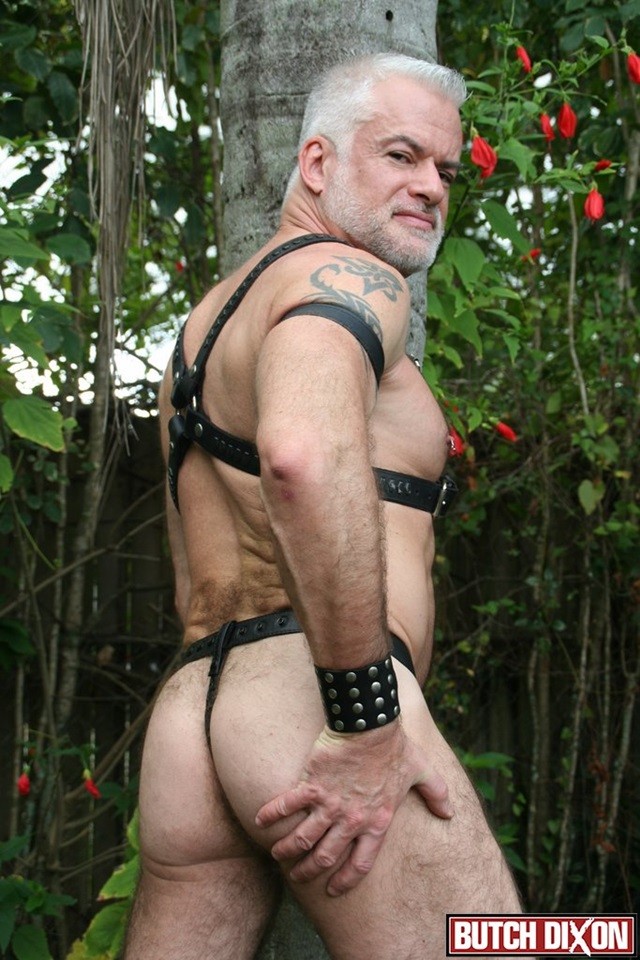 Jake-Marshall-and-Kevin-McDonough-Butch-Dixon-hairy-men-gay-bears-muscle-cubs-daddy-older-guys-subs-mature-male-sex-porn-008-gallery-video-photo