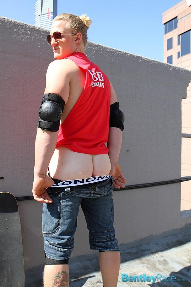 Shane-Phillips-bentley-race-bentleyrace-nude-wrestling-bubble-butt-tattoo-hunk-uncut-cock-feet-gay-porn-star-008-gallery-video-photo