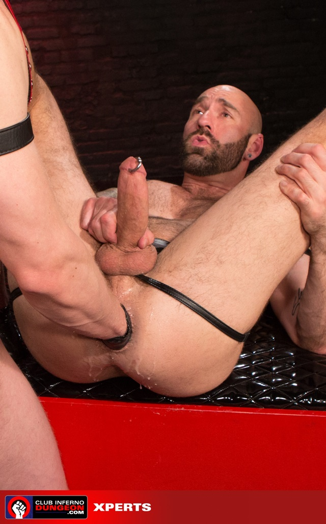 Drew-Sebastian-and-Blake-Daniels-Club-Inferno-Dungeon-fisting-gay-rosebud-fetish-BDSM-fisting-top-fisting-bottom-011-gallery-photo