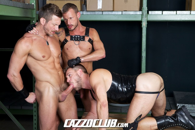 Hans-Berlin-and-Logan-Rogue-Cazzo-Club-naked-men-gay-porn-big-dick-tight-asshole-sneakers-rimming-cumshot-001-gallery-video-photo