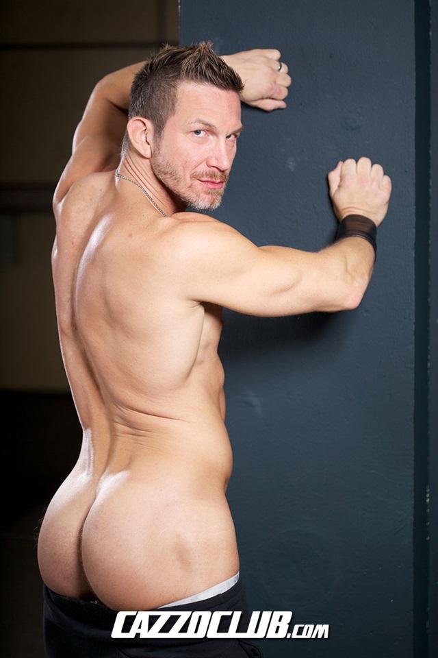 Hans-Berlin-and-Logan-Rogue-Cazzo-Club-naked-men-gay-porn-big-dick-tight-asshole-sneakers-rimming-cumshot-013-gallery-video-photo