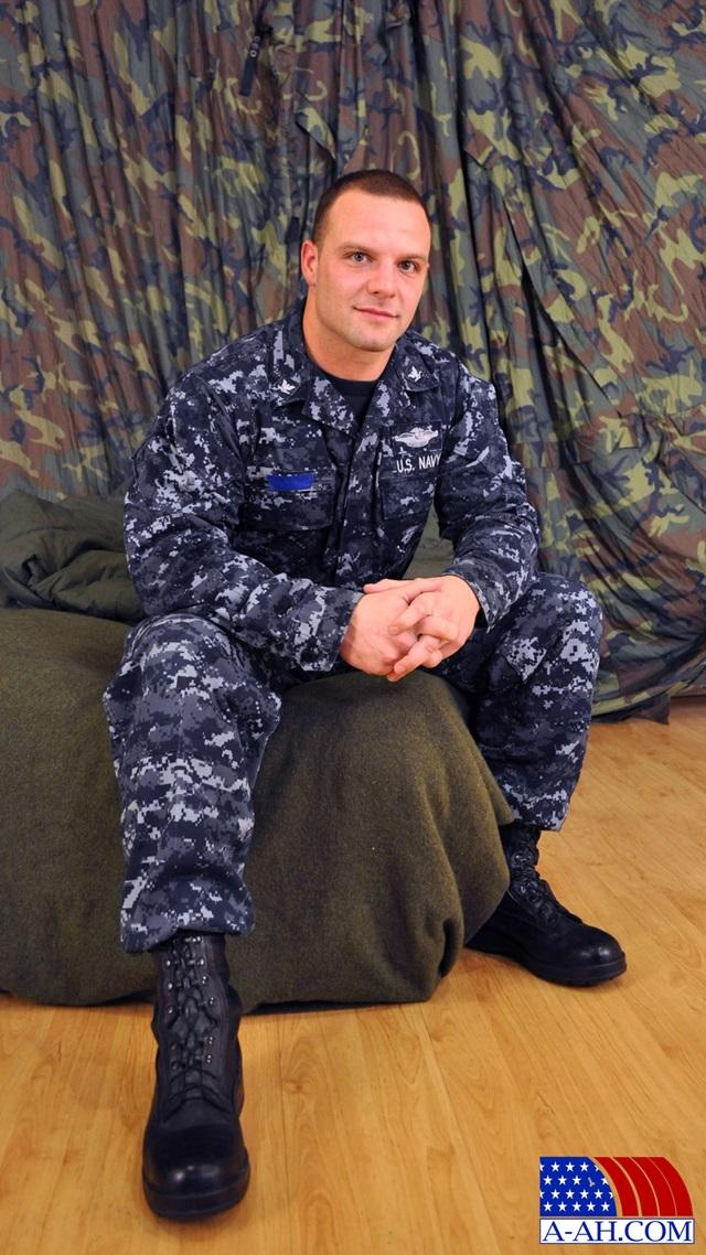 Logan-All-American-Heroes-nude-amateur-men-gay-porn-soldiers-sailors-firefighters-policemen-002-gallery-photo