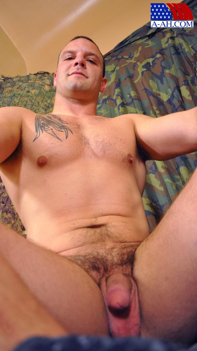 Logan-All-American-Heroes-nude-amateur-men-gay-porn-soldiers-sailors-firefighters-policemen-011-gallery-photo