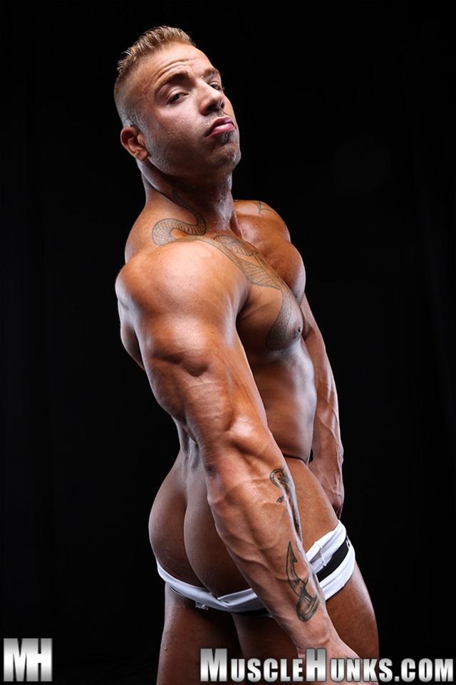 Max-Hilton-Muscle-Hunks-nude-gay-bodybuilders-porn-muscle-men-xvideos-xtube-hunks-big-uncut-cocks-jockstrap-005-male-tube-red-tube-gallery-photo