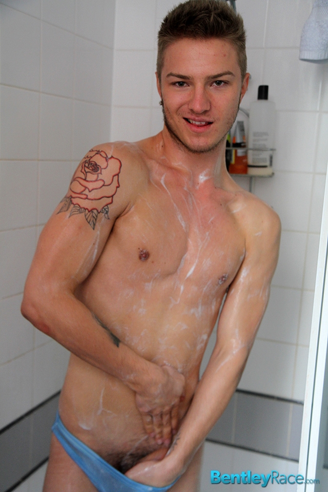 BentleyRace-Sexy-19-year-old-Sarpa-Van-Rider-tight-bubble-ass-fucked-Zac-Frevo-squirts-biggest-loads-cum-face-019-male-tube-red-tube-gallery-photo