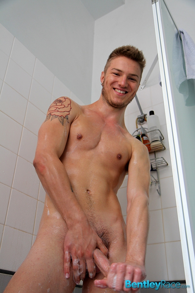 BentleyRace-Sexy-19-year-old-Sarpa-Van-Rider-tight-bubble-ass-fucked-Zac-Frevo-squirts-biggest-loads-cum-face-020-male-tube-red-tube-gallery-photo