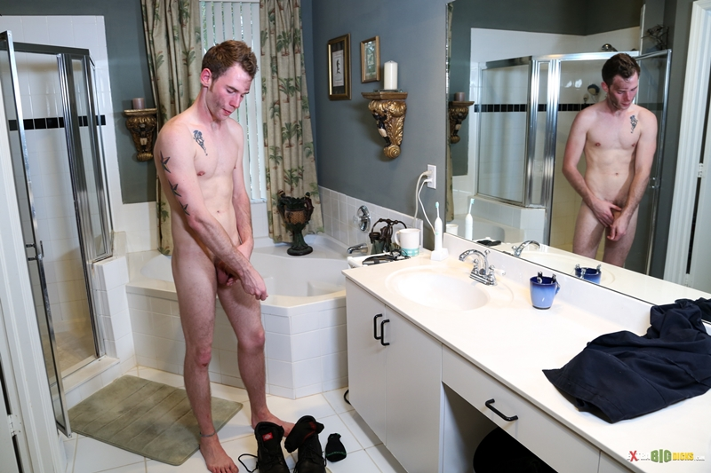 Extra-Big-Dicks-Tripp-Townsend-shower-head-huge-cock-balls-stroking-long-hard-shaft-jerking-masturbates-007-male-tube-red-tube-gallery-photo