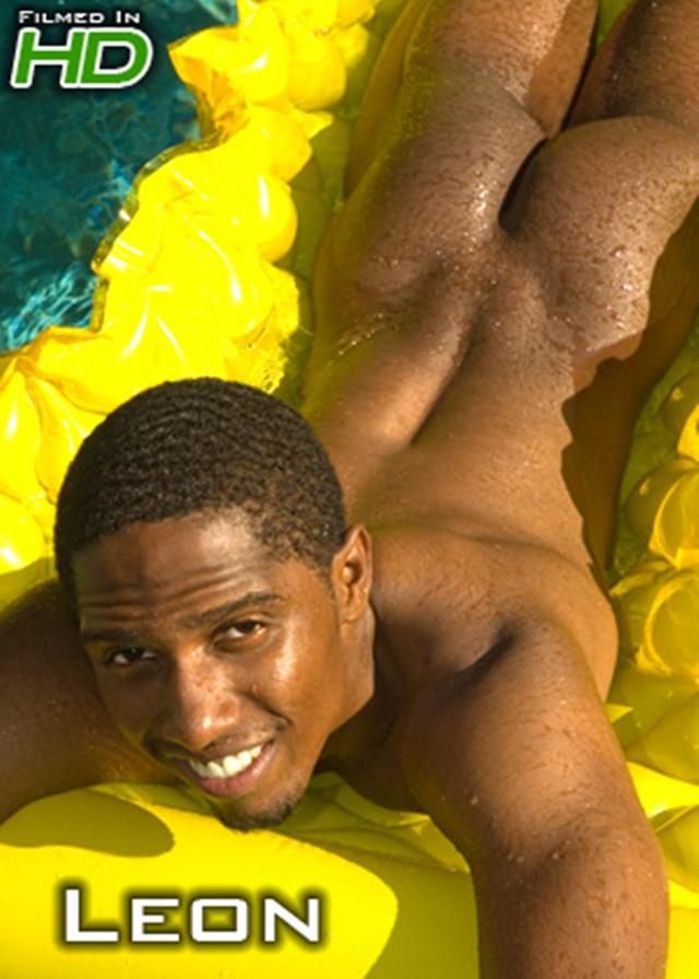 Island-Studs-Leon-muscle-butt-big-hard-black-dick-dangling-wearing-socks-shoes-nudist-Afro-dream-boy-003-male-tube-red-tube-gallery-photo