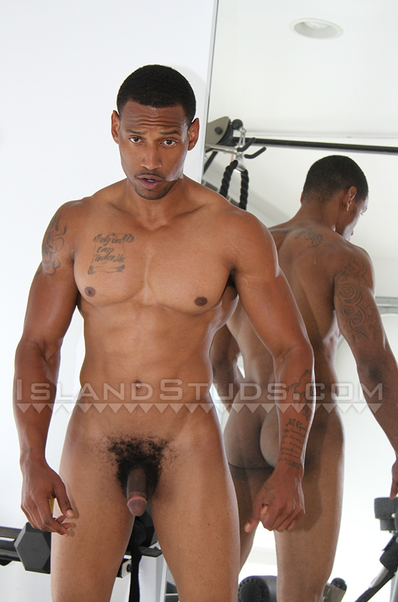 IslandStuds-Horse-hung-Honolulu-muscle-boy-Darius-King-Afro-American-big-thick-black-cock-full-erection-011-nude-men-tube-redtube-gallery-photo