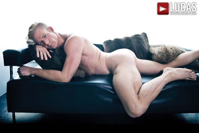 LucasEntertainment-blond-Christopher-Daniels-Marcus-Isaacs-furry-muscular-body-bareback-raw-fuck-tight-muscular-ass-hole-008-tube-download-torrent-gallery-photo