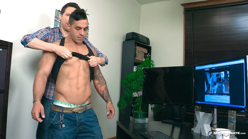 Maskurbate-Office-Suck-Pascal-Italian-Stallion-Elio-masked-cocksucker-oral-skill-blowjob-big-dick-sucking-003-tube-download-torrent-gallery-photo