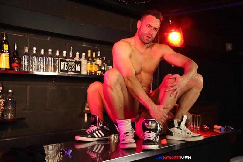 Pantyhose sex clubs