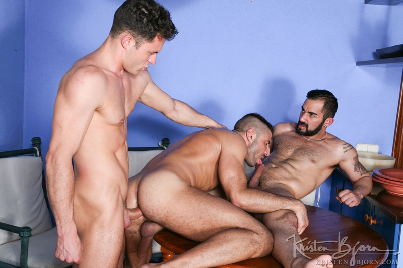 KristenBjorn-Max-Toro-Angle-Lobo-tag-team-James-Castle-bareback-fucking-rimming-cocksucking-raw-asshole-big-cock-009-tube-download-torrent-gallery-sexpics-photo
