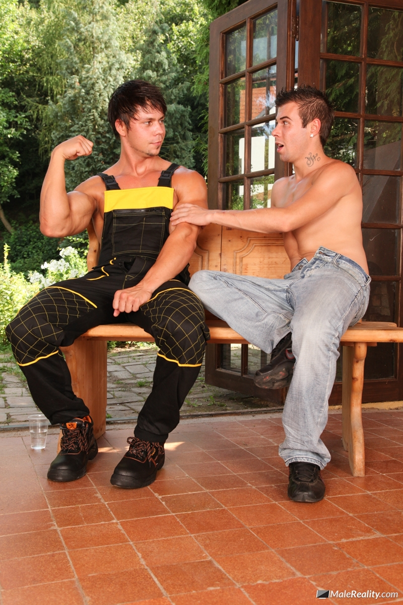 MaleReality-Hard-at-work-in-some-construction,-sexy-guys-Ennio-Guardi-and-Mazus-deserve-a-break-009-tube-download-torrent-gallery-sexpics-photo