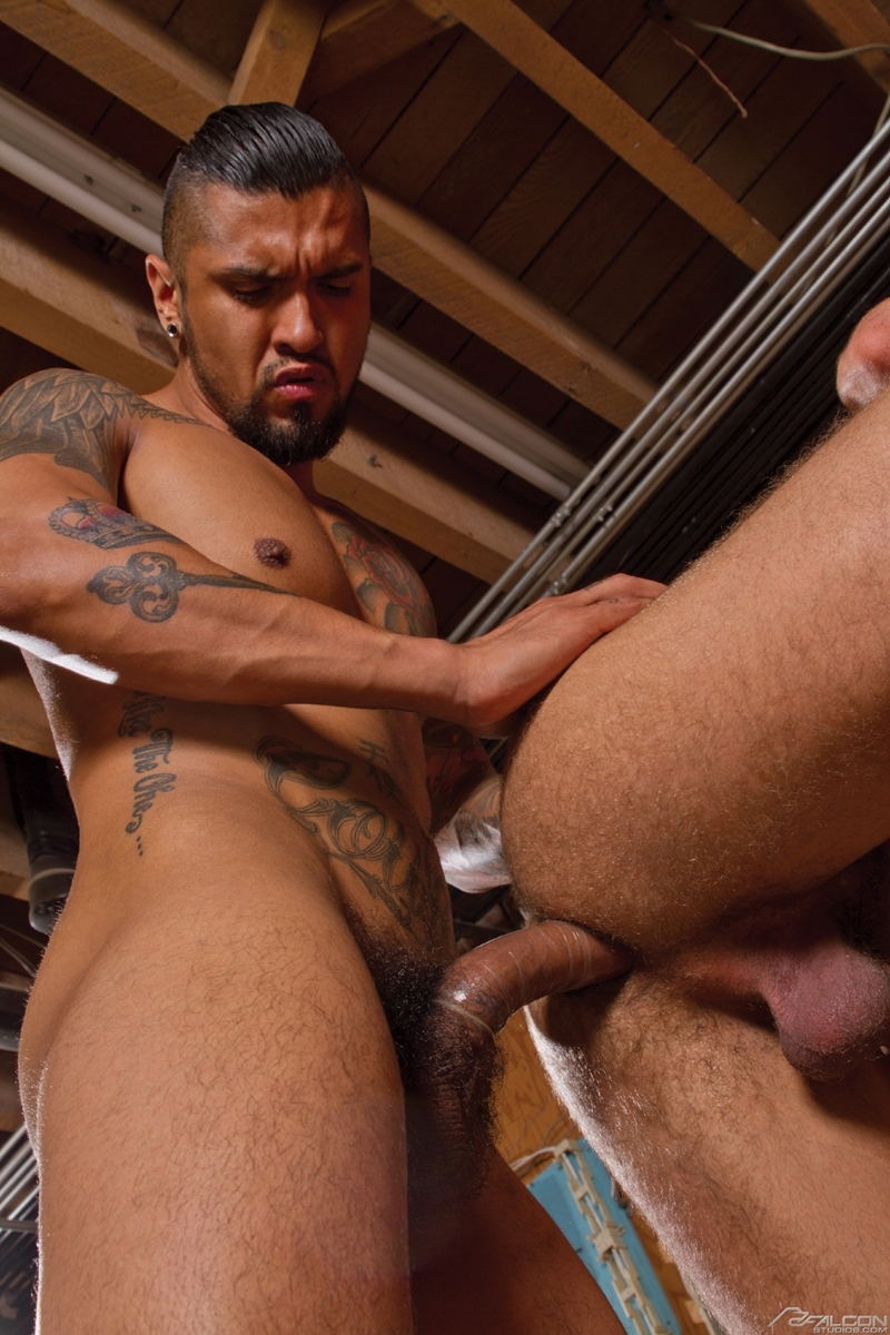 FalconStudios-Boomer-Banks-Brock-Avery-muscle-ink-balls-sucking-rimming-fucking-ass-crack-cums-facial-007-tube-download-torrent-gallery-sexpics-photo