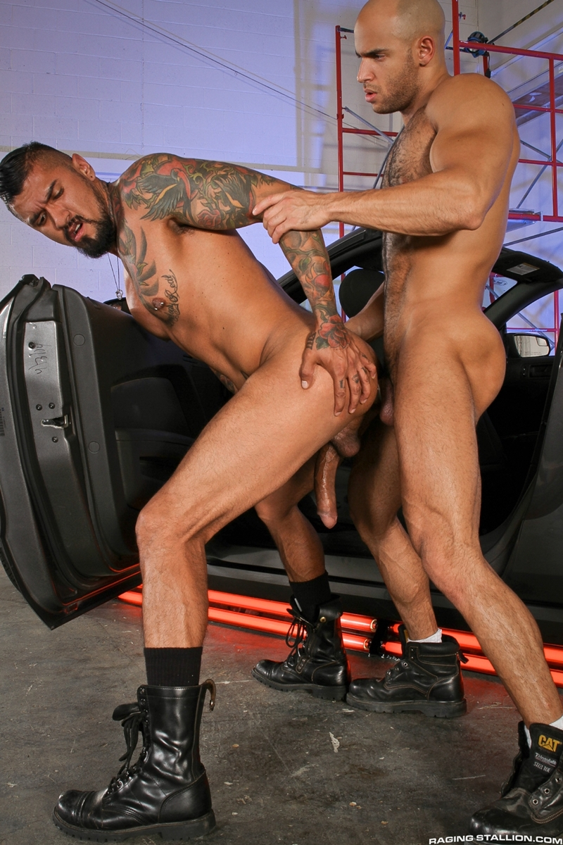 RagingStallion-Boomer-Banks-Sean-Zevran-rim-job-erection-strokes-massive-cock-jerks-cum-abs-sucking-fucking-012-tube-video-gay-porn-gallery-sexpics-photo