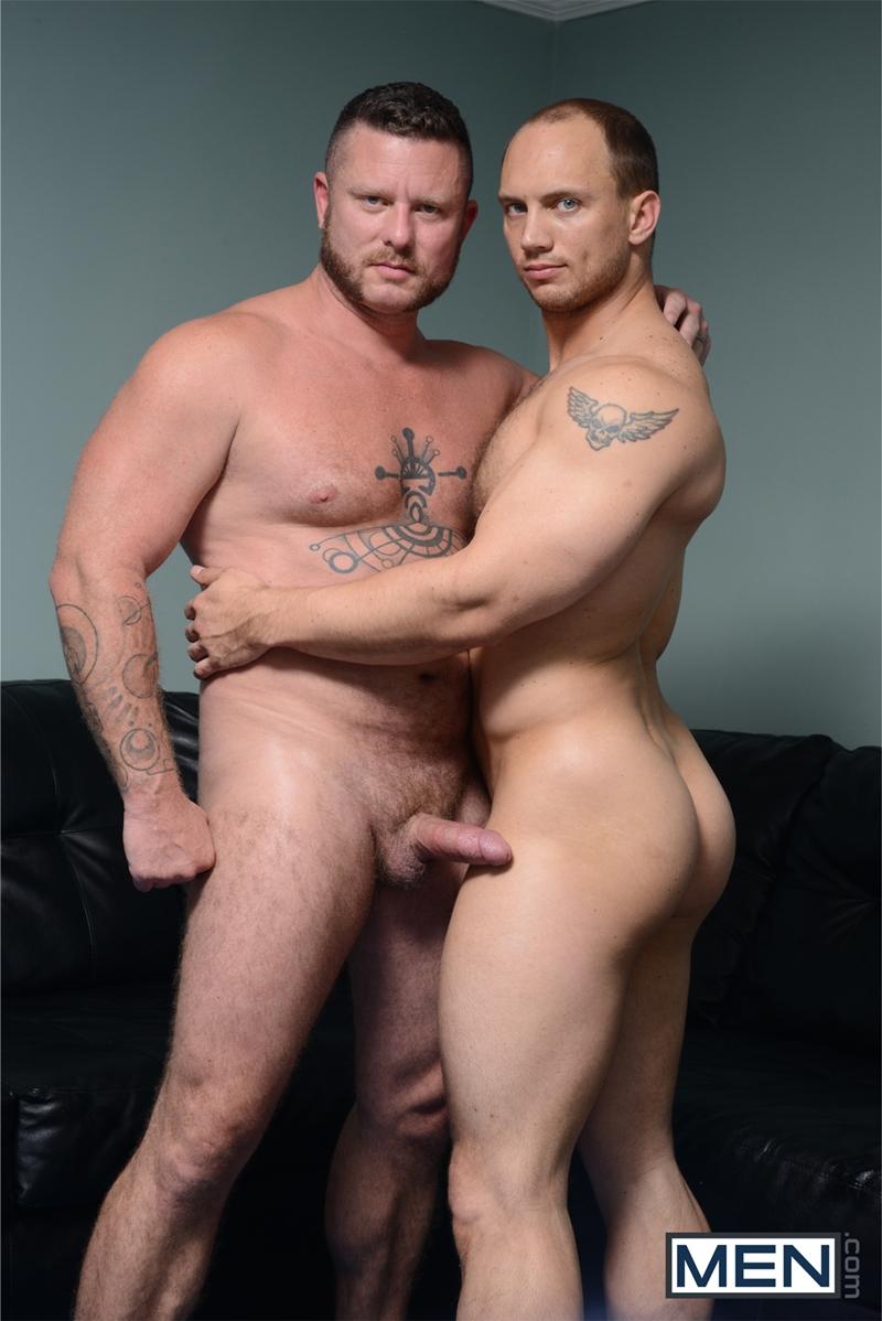 Men-com-Charlie-Harding-fucks-John-Magnum-large-dick-straight-men-fingering-asshole-drops-pants-tongue-rock-hard-cock-016-tube-video-gay-porn-gallery-sexpics-photo