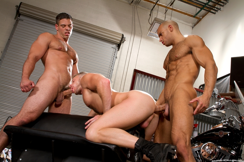 RagingStallion-Sean-Zevran-sucking-huge-dicks-rimming-asshole-Brian-Bonds-Derek-Atlas-unrelenting-oral-and-anal-fucking-012-tube-video-gay-porn-gallery-sexpics-photo
