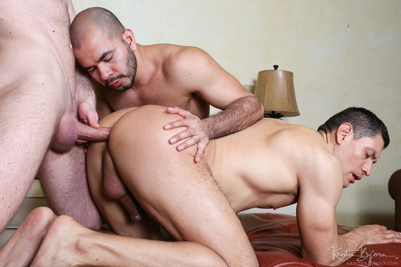 KristenBjorn-gay-bareback-fucking-John-Rodriguez-Peter-Coxx-Rick-De-Silver-Muscle-Latinos-Anal-Sex-Oral-Sex-Kissing-Rimming-raw-bare-dick-006-gay-porn-sex-porno-video-pics-gallery-photo