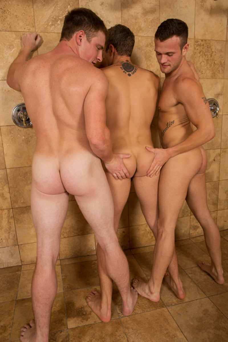 SeanCody-naked-hunks-Sean-Blake-Curtis-sexy-muscled-boys-threesome-hot-sucking-huge-raw-cocks-fucking-bareback-ass-tight-bubble-butt-06-gay-porn-star-sex-video-gallery-photo