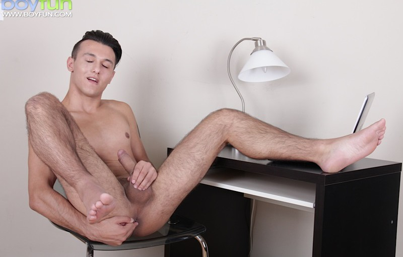 I wanna be a nudist