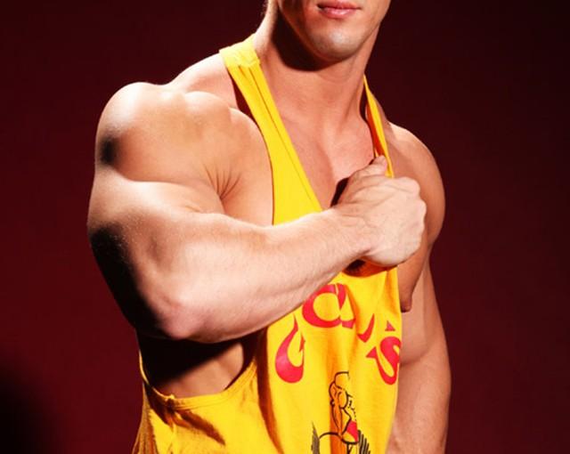 Brad Adonis – your hot boy next door neighbour?
