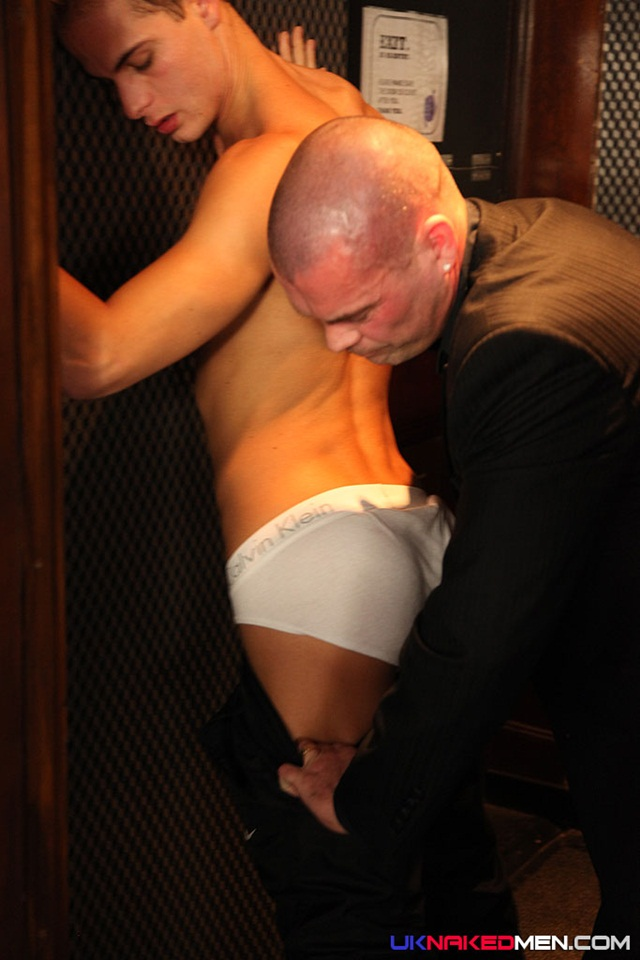 Free pic of naked sportsman new porn