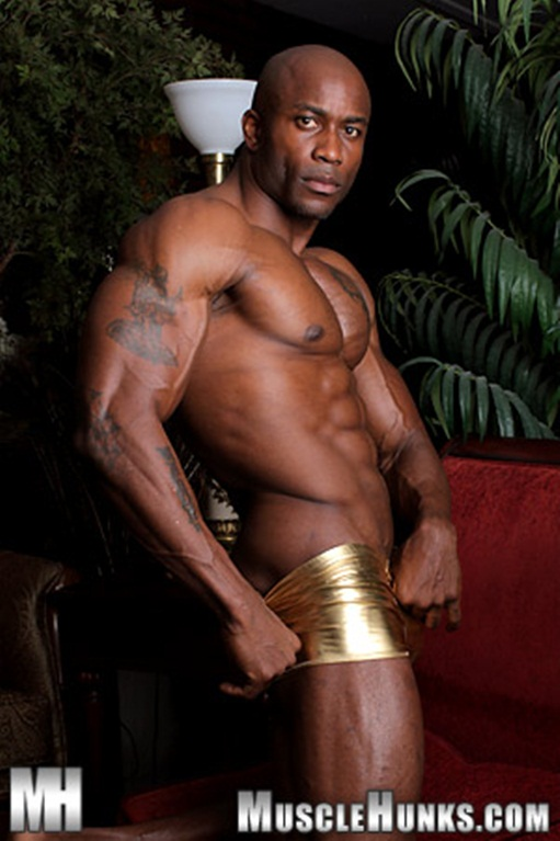Gay leather man Sylvester Randolph at Muscle Hunks