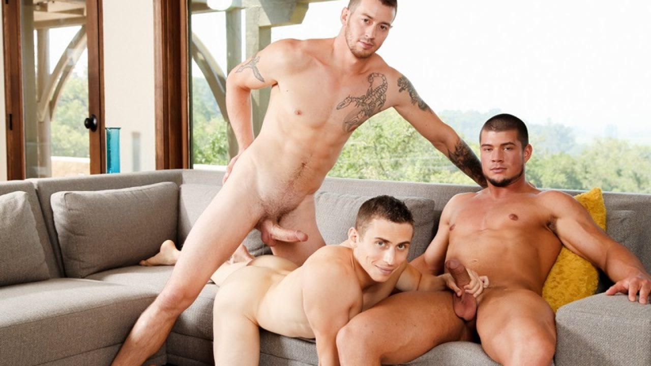 Hot Threesome 2 Girls 1 Guy