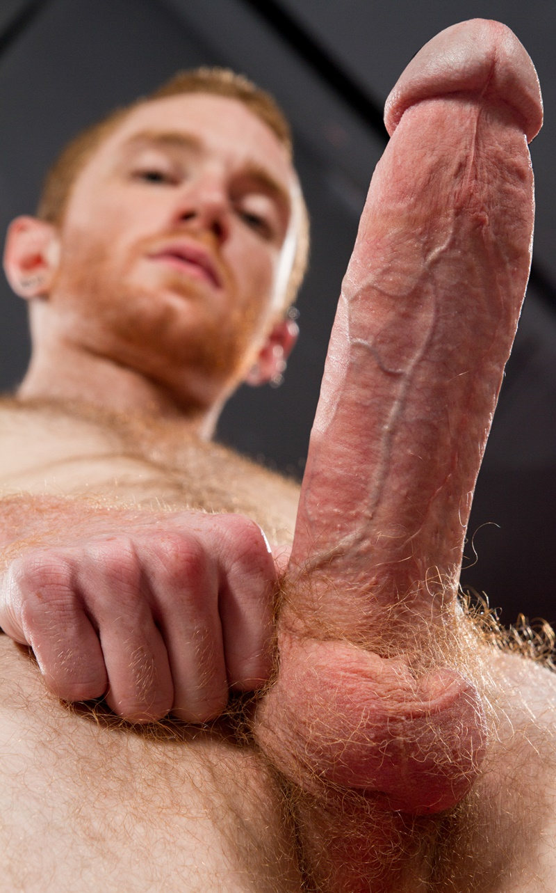 ClubInfernoDungeon-ginger-red-haired-hunk-Seamus-OReilly-fingers-Matt-Wylde-asshole-thick-long-8-inch-cock-buttplug-anal-assplay-rimming-004-gay-porn-sex-gallery-pics-video-photo