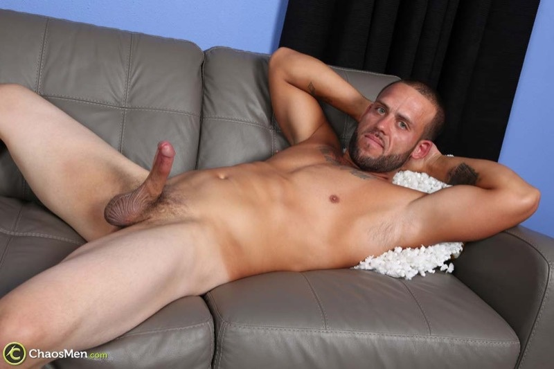 chaosmen-straight-beard-nude-dude-rough-construction-worker-kendrick-jerks-huge-8-inch-dick-tattoo-big-muscle-hunk-wanking-007-gay-porn-sex-gallery-pics-video-photo