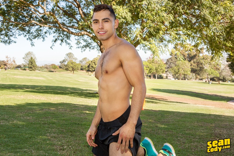 seancody-ripped-hairy-chest-muscle-boy-cassian-cum-eating-swallowing-fingering-asshole-bubble-butt-ass-six-pack-abs-004-gay-porn-sex-gallery-pics-video-photo